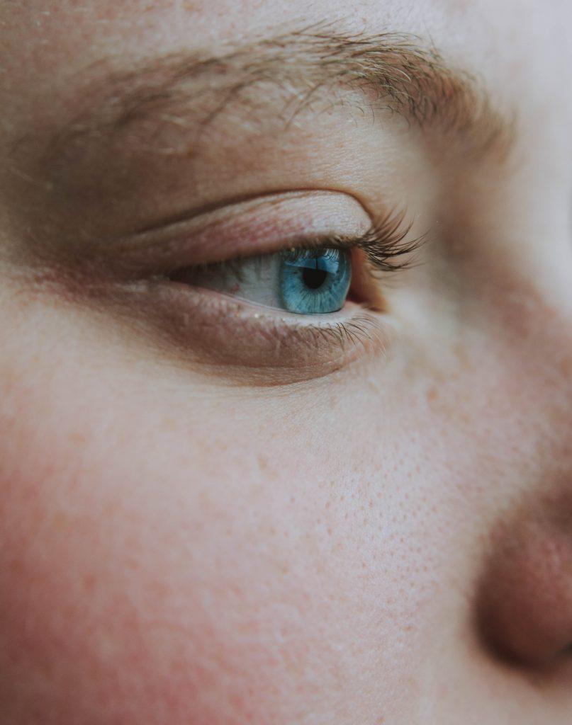 cómo cerrar los poros abiertos