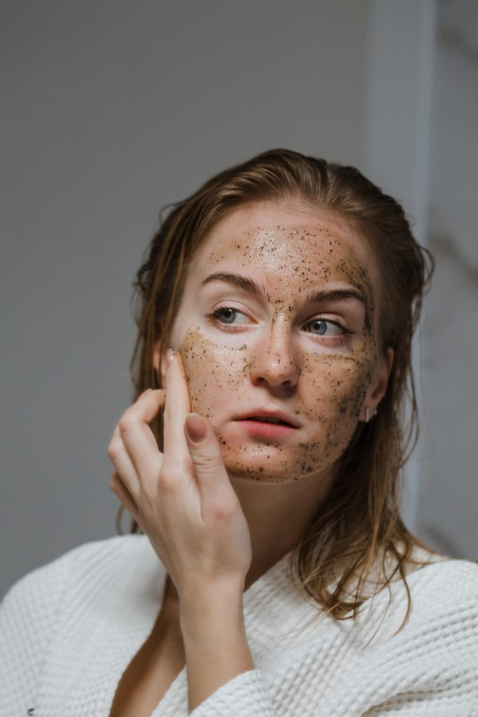 cómo cerrar los poros abiertos exfoliación