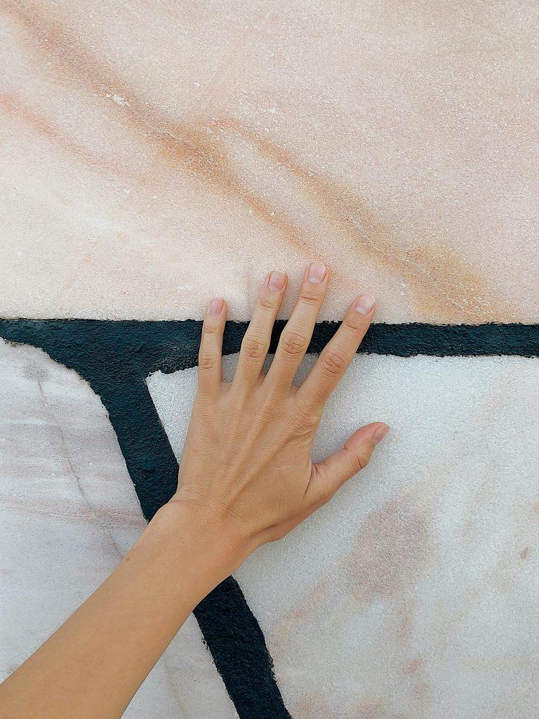 cómo tratar las manos agrietadas